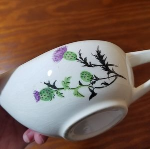 💥5/$25💥Vintage Creamer With Thistle Decor
